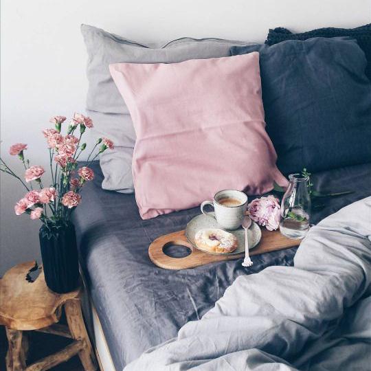 Le petit déjeuner au lit - Epéda